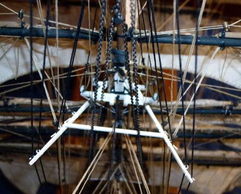 Dettaglio delle manovre e rigging della crocetta del Cutty Sark