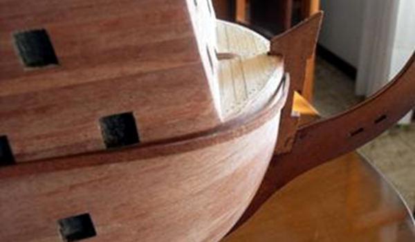 Incintione in legno duro