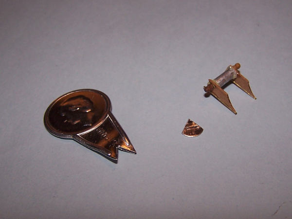 I pezzi di scarto necessari per costruire lo strumento atto a misurare la velocità di navigazione.