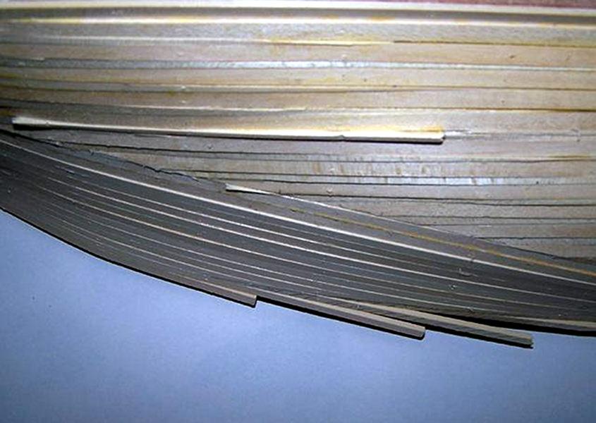 Dettaglio del riempimento con listelli incollati in verticale