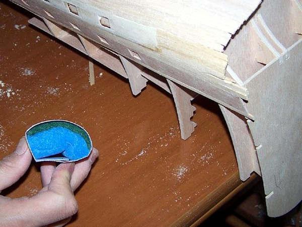 Le spugnette usate per la sgrossatura delle zone concave