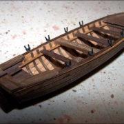 La barca con lo scafo finito