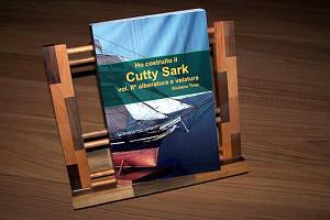 La copertina del libro: Ho costruito il Cutty Sark – alberatura (volume secondo) di Giuliano Tinta
