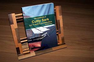 La copertina del libro: Ho costruito il Cutty Sark – scafo e sovrastrutture (volume primo) di Giuliano Tinta