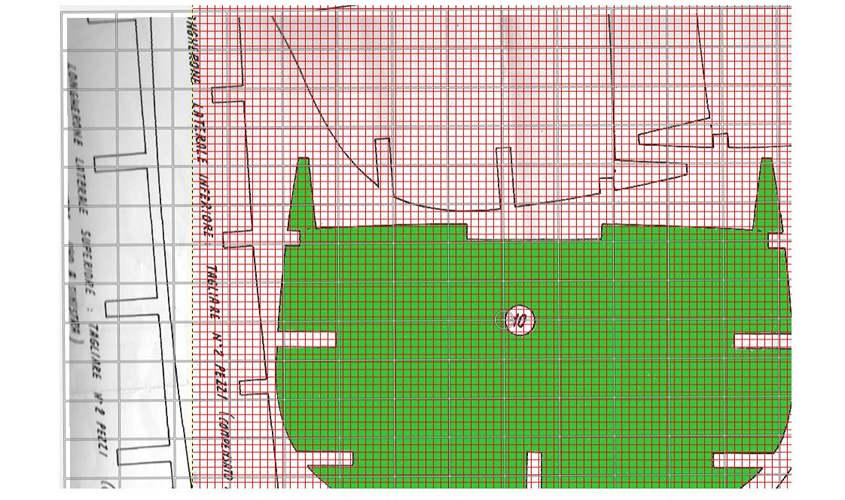 L'uso della griglia in GIMP permetta un accurato allineamento dell'ordinata.