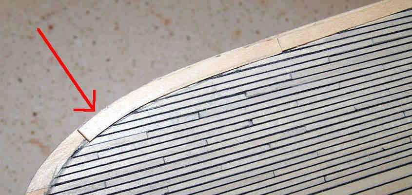 Per ultimo sagomo la curva esterna del trincarino posto a poppa.