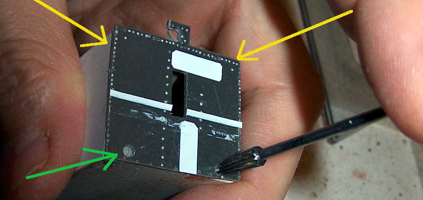 La paratia realizzata con lo stampo a colaggio è stata incollato sulla struttura del vano caldaia della RRS Discovery.