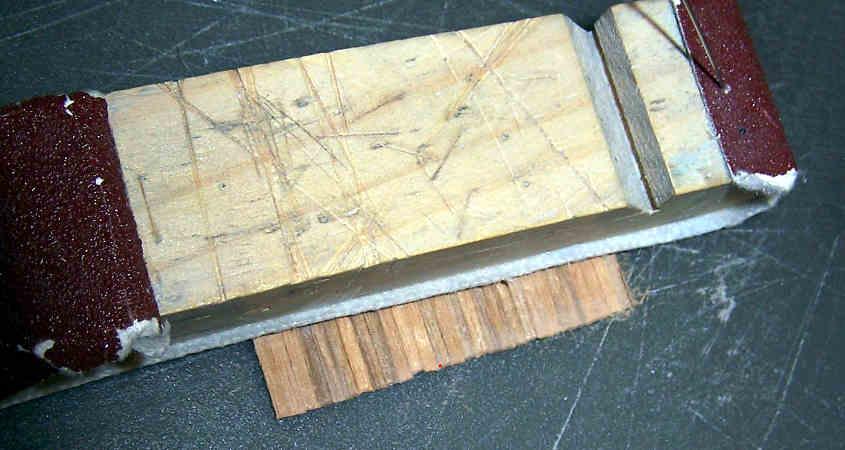 Carteggio sia il lato interno sia quello esterno dei parapetti.
