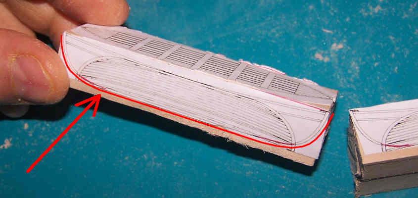 Le scialuppe della RRS Discovery derivano dai disegni del Cutty Sark.